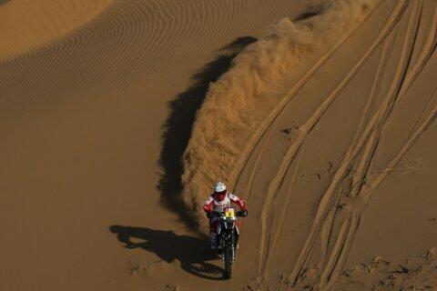 Motorbike racer Paulo Gonçalves dies during Dakar Rally
