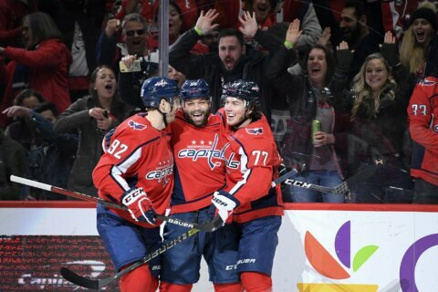 Ovechkin, Oshie's two-goal nights give Capitals  6-1 win.