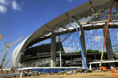 SoFi Stadium is 85% complete, on schedule for Rams, Bolts