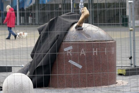 Debate in Malmo rages over battered Ibrahimovic statue