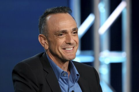 Report: Hank Azaria to quit voicing Apu on 'The Simpsons'