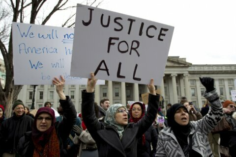 Appeals court to hear lawsuits over Trump travel ban