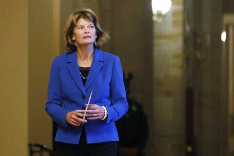 GOP senators seek to acquit Trump without condoning conduct