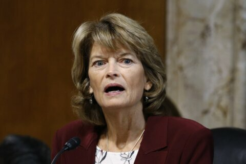 Murkowski wants to hear case before deciding on witnesses