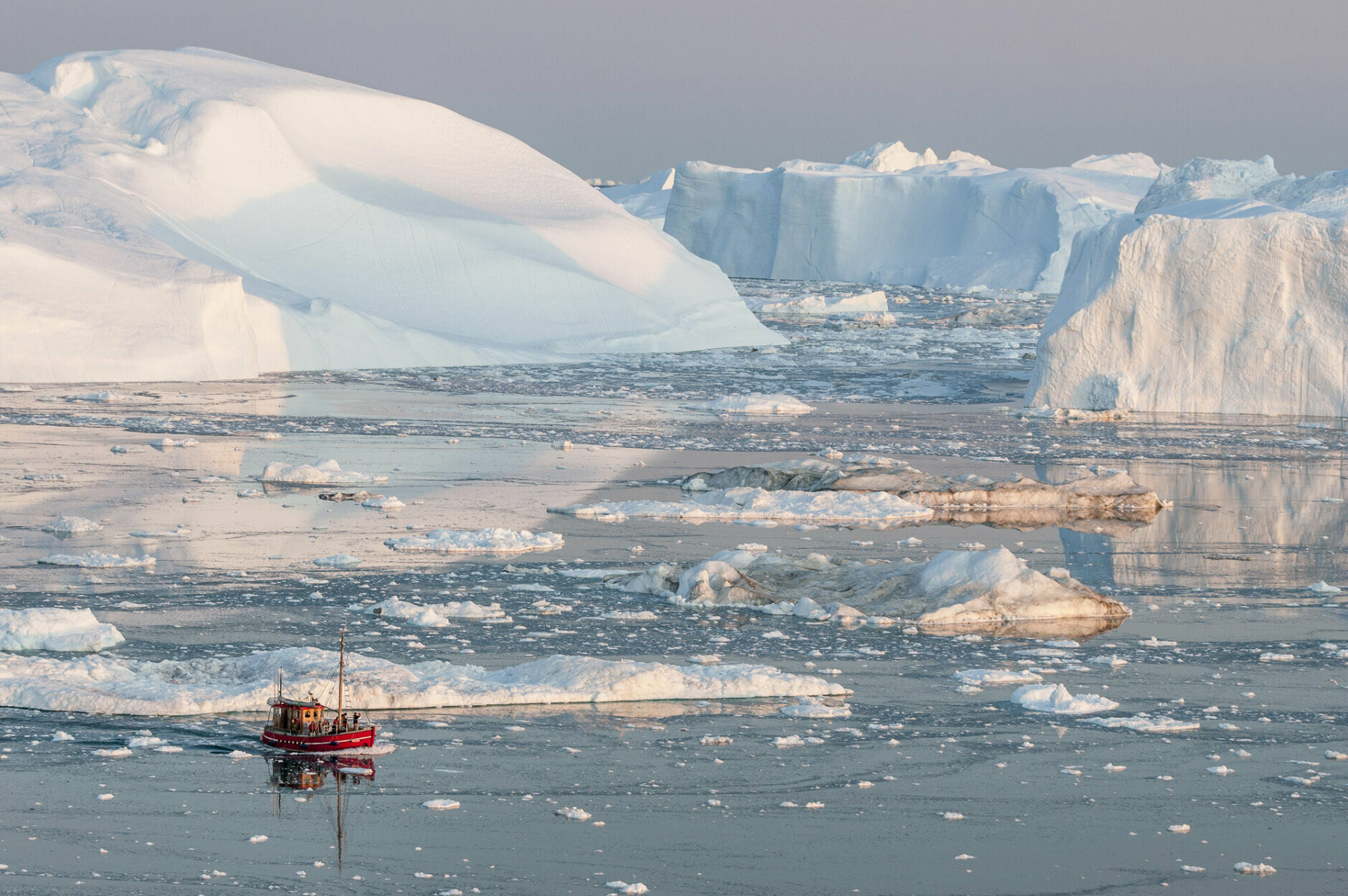 Small boat, Icebergs, Ilulissat, Greenland