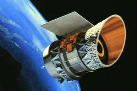 Two dead satellites might collide above the US today