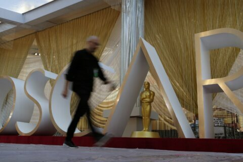 Hanks, Fonda and more stars amuse at Oscars rehearsals