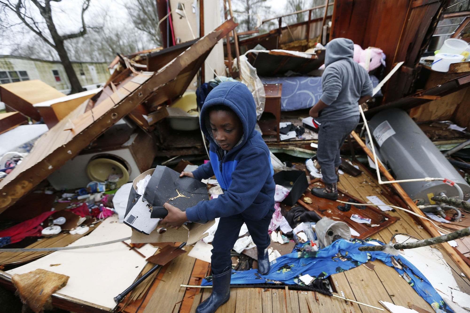 Bad Weather Moves Into Eastern States 5 Dead In South Wtop