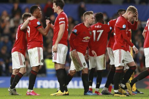Man United beats Chelsea 2-0, throws open race for CL spots