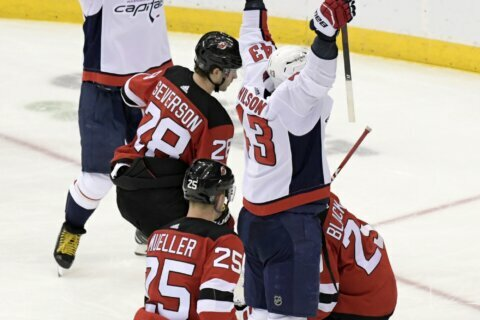 Ovechkin scores 700th career goal, Devils beat Capitals 3-2