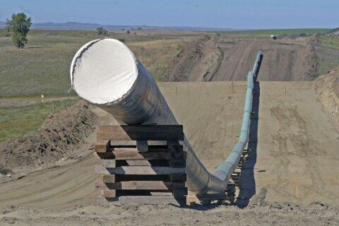 North Dakota regulators OK expanded Dakota Access pipeline
