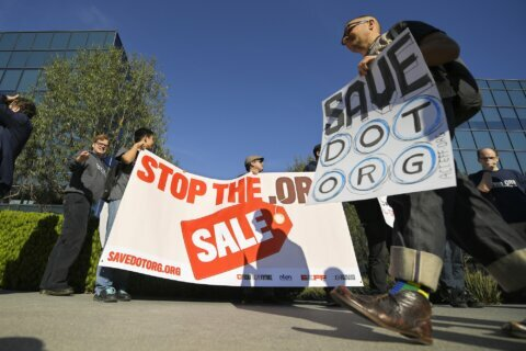 For-profit firm seeking to run .org names makes concessions