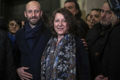 French health minister to run for Paris mayor to end scandal