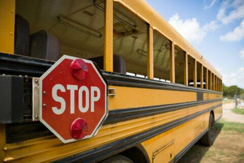 Arlington School Board approves pre-Labor Day start for next school year