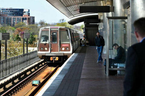 Tech issues, conflicting standards hold back smoother Metro rides