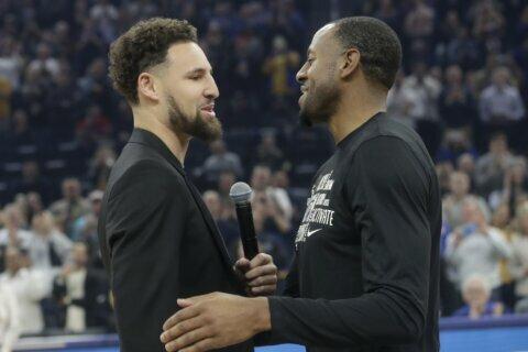 Warriors say Klay Thompson won't play this season