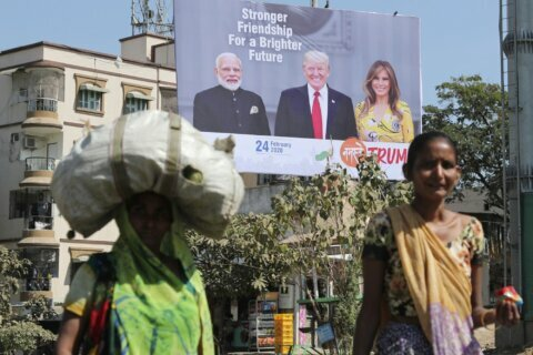 India, US struggle to bridge trade disputes as Trump visits