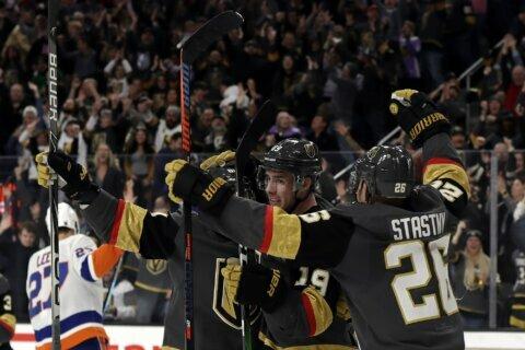 Fleury gets 60th career shutout, Vegas blanks Islanders 1-0