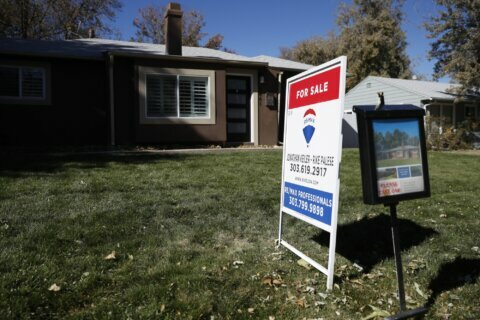 US mortgage rates tick up this week, 30-year reaches 3.49%