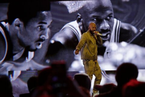 Column:  Kobe, Ex-Comish Stern Waked as Only NBA Can