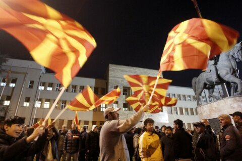 North Macedonia: Thousands rally to back judicial reforms