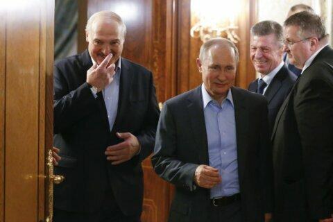 Presidents of Russia, Belarus discuss oil price dispute