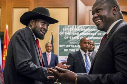 South Sudan rival leaders agree to form coalition government