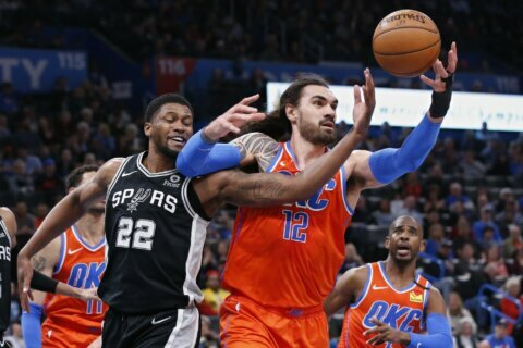 Gilgeous-Alexander, Adams lead Thunder past Spurs