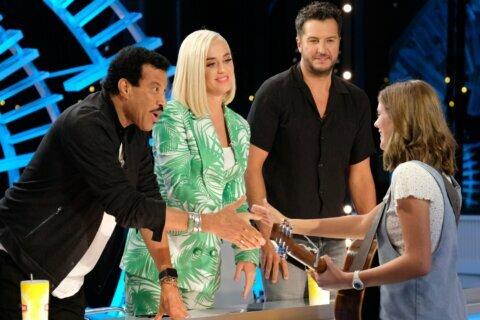 Katy Perry appears to collapse during 'American Idol' auditions