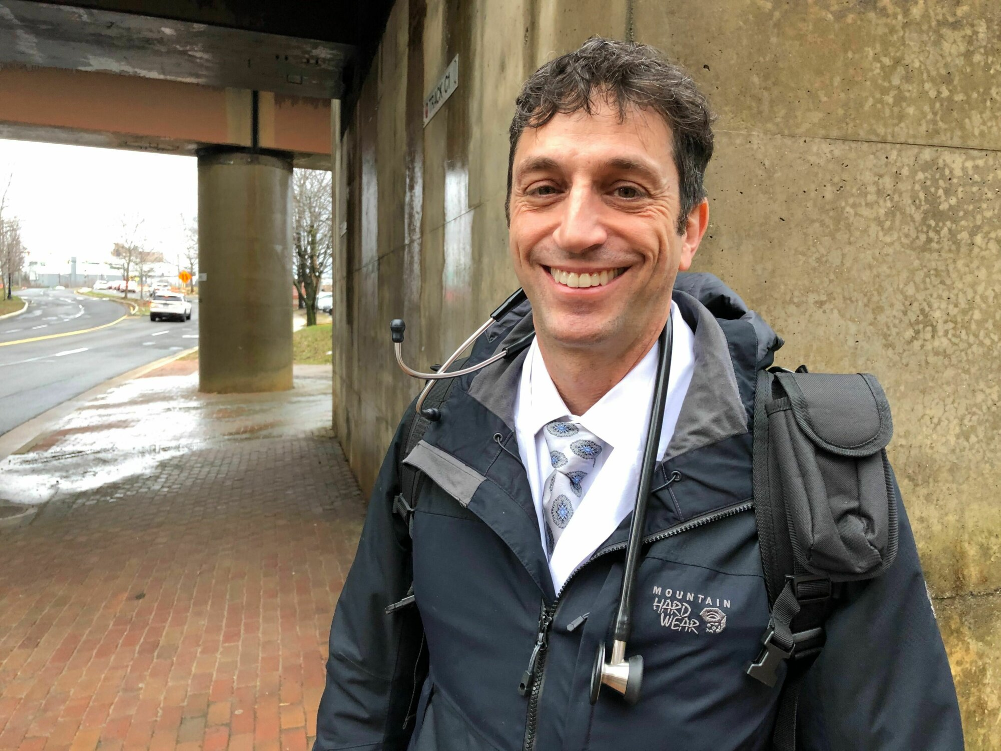 Doctor caring for homeless in Alexandria seeking donations, volunteers