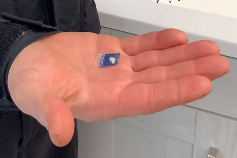 opioids in a hand