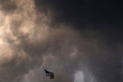 Strong morning storms, high winds to hit DC region