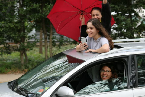 Montgomery Co. neighborhood celebrates girl's bat mitzvah with drive-by parade