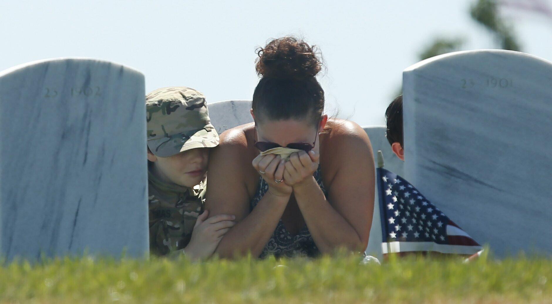 Pandemic Brings Smaller Subdued Memorial Day Observances Wtop