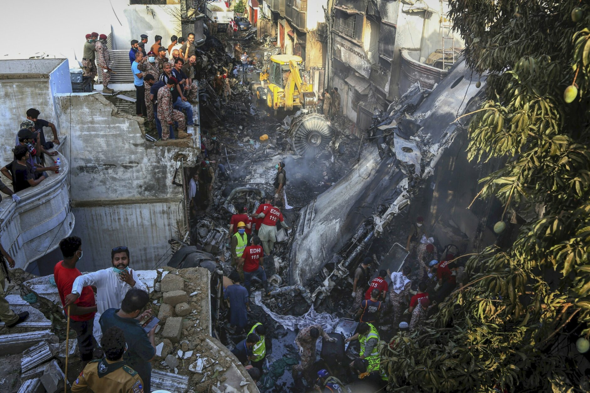 pakistan plane crash - photo #4