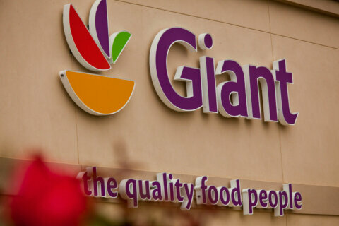 Giant Food returns to normal store hours