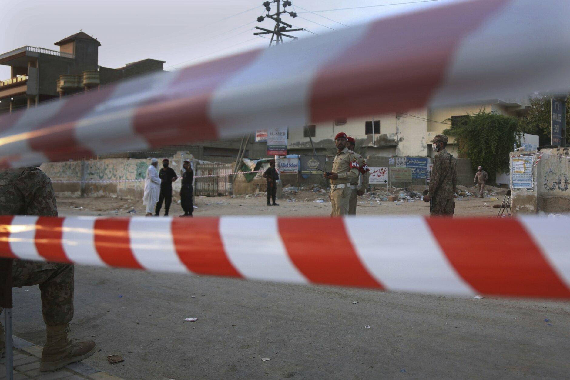 pakistan plane crash - photo #5