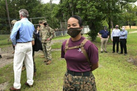 Masks on Leatherneck Square: Virus changes Marine training