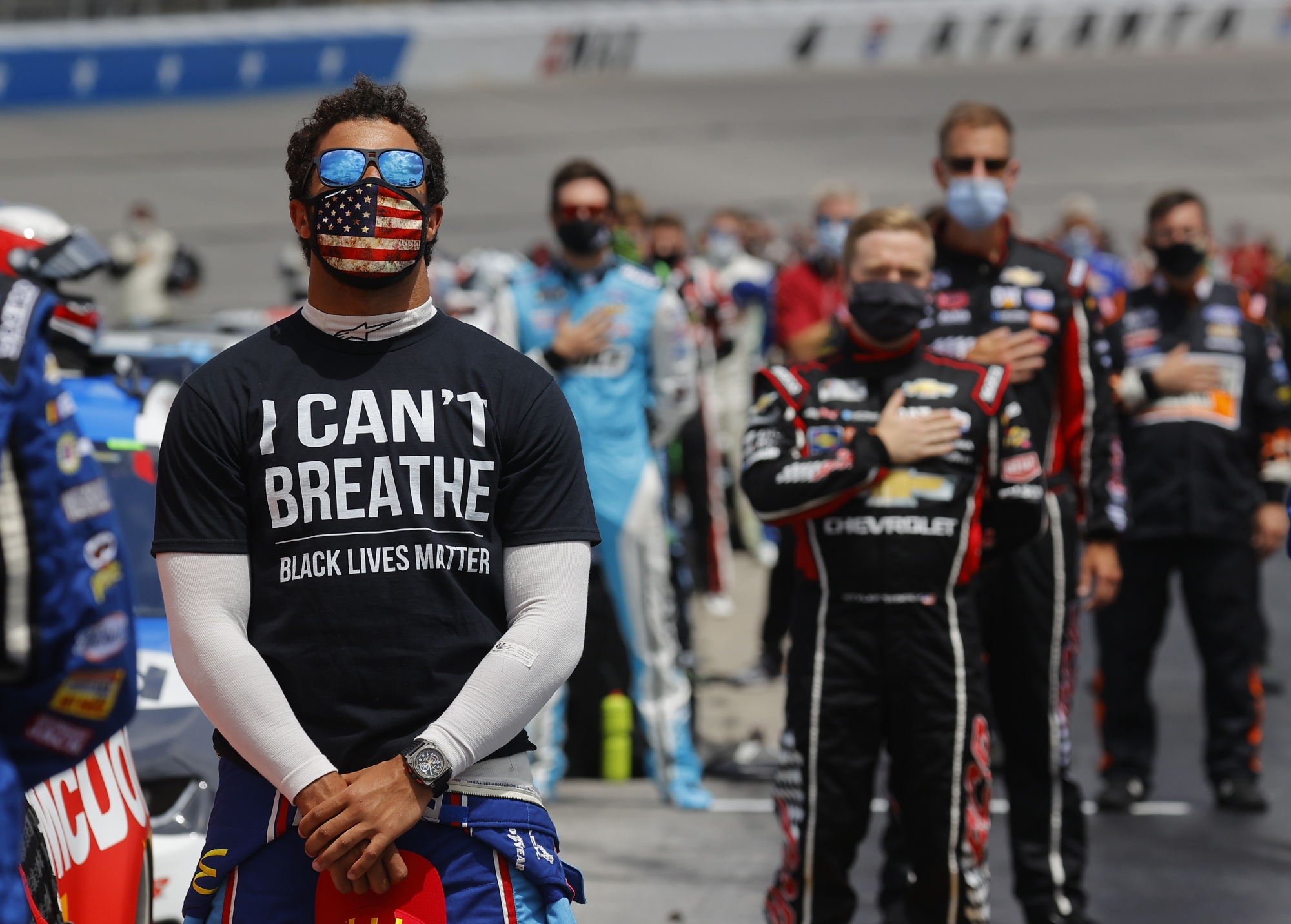 Nascar S Bubba Wallace Will Have Black Lives Matter Paint Scheme