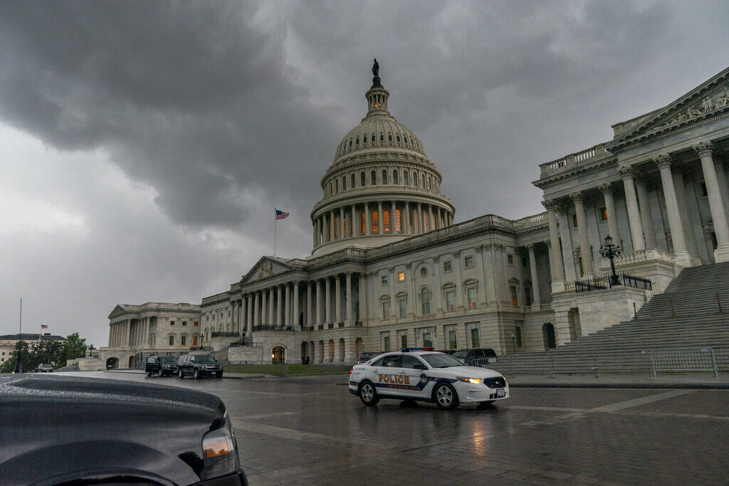 Flooding, heavy rain expected in DC area from...