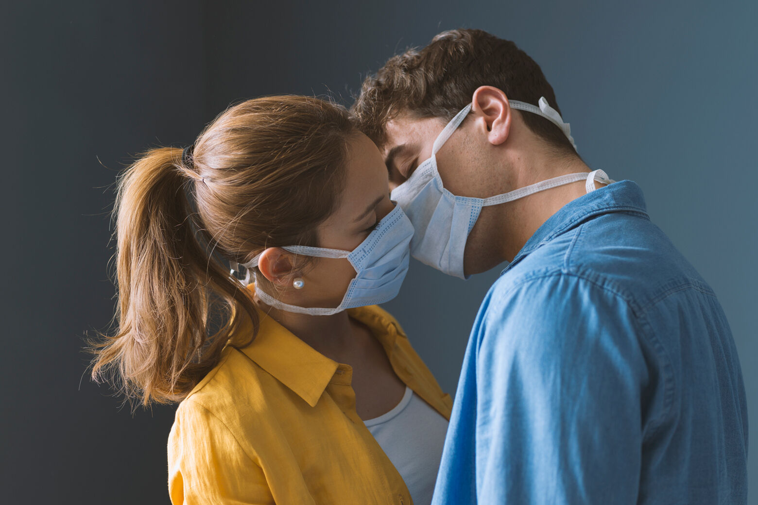Wear a mask while having sex and avoid kissing new people, Canada's top  doctor advises | WTOP