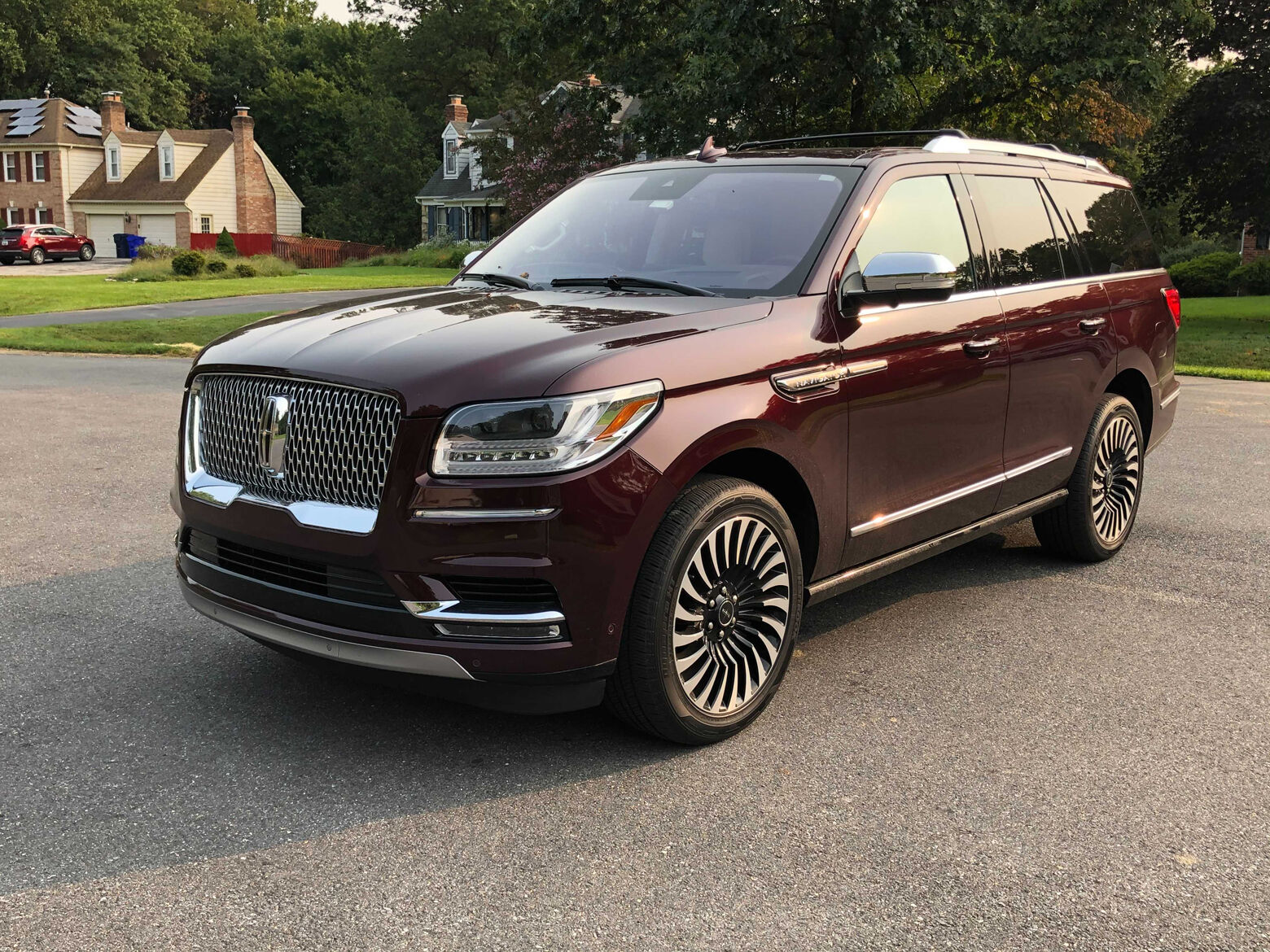 Car Review Lincoln Navigator Black Label Is An Suv That S Big On Size And Price Wtop