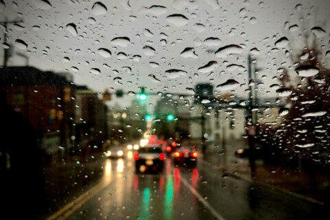 Damaging wind, rain and thunder target DC area as temperatures fall