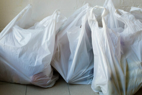 Arlington, Alexandria join Fairfax Co. in passing 5-cent tax on disposable bags
