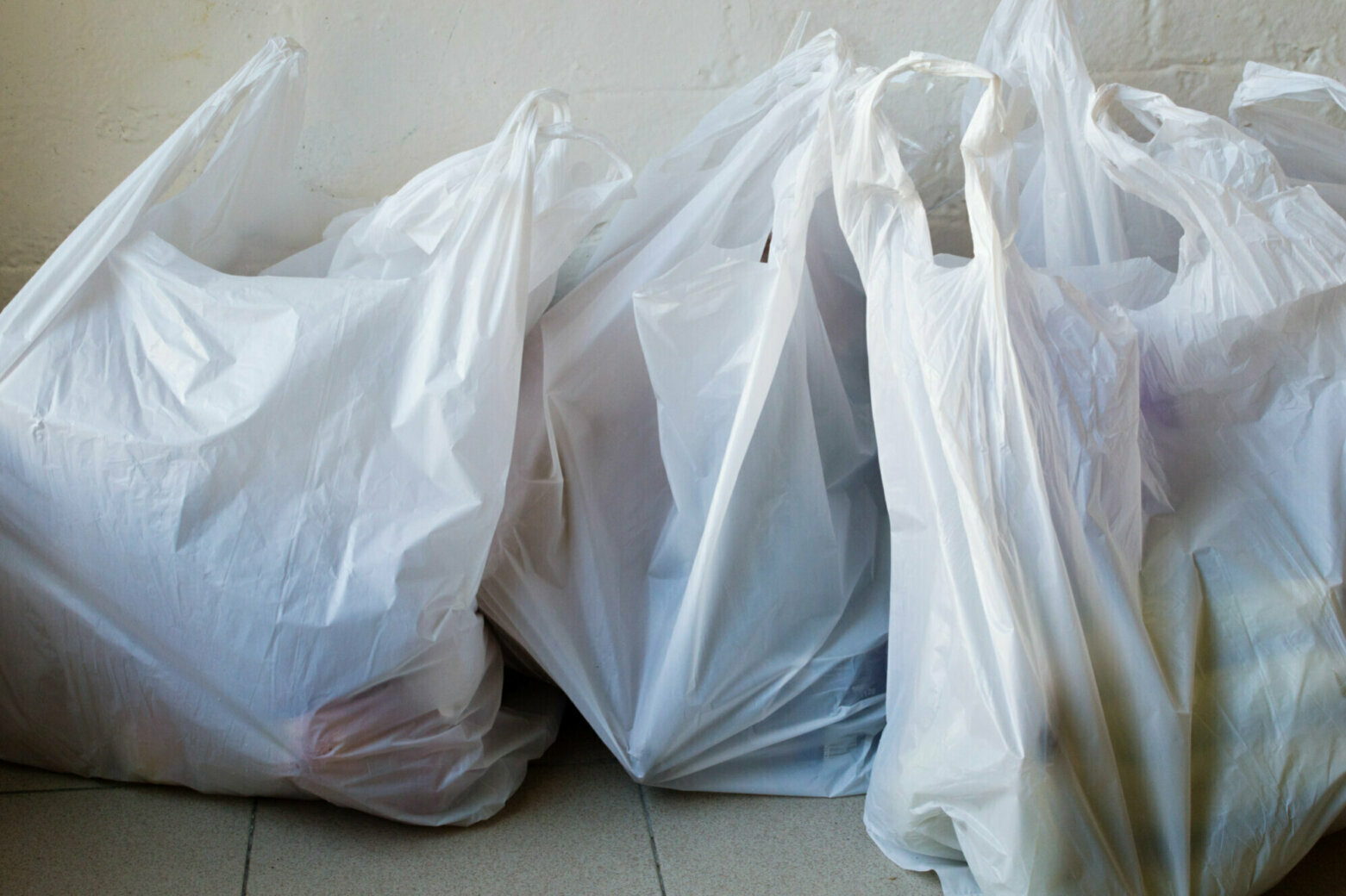 Arlington Co. Board unanimously approves 5-cent tax on disposable bags