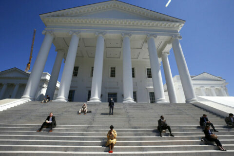 Virginians can legally vote twice for some primary candidates