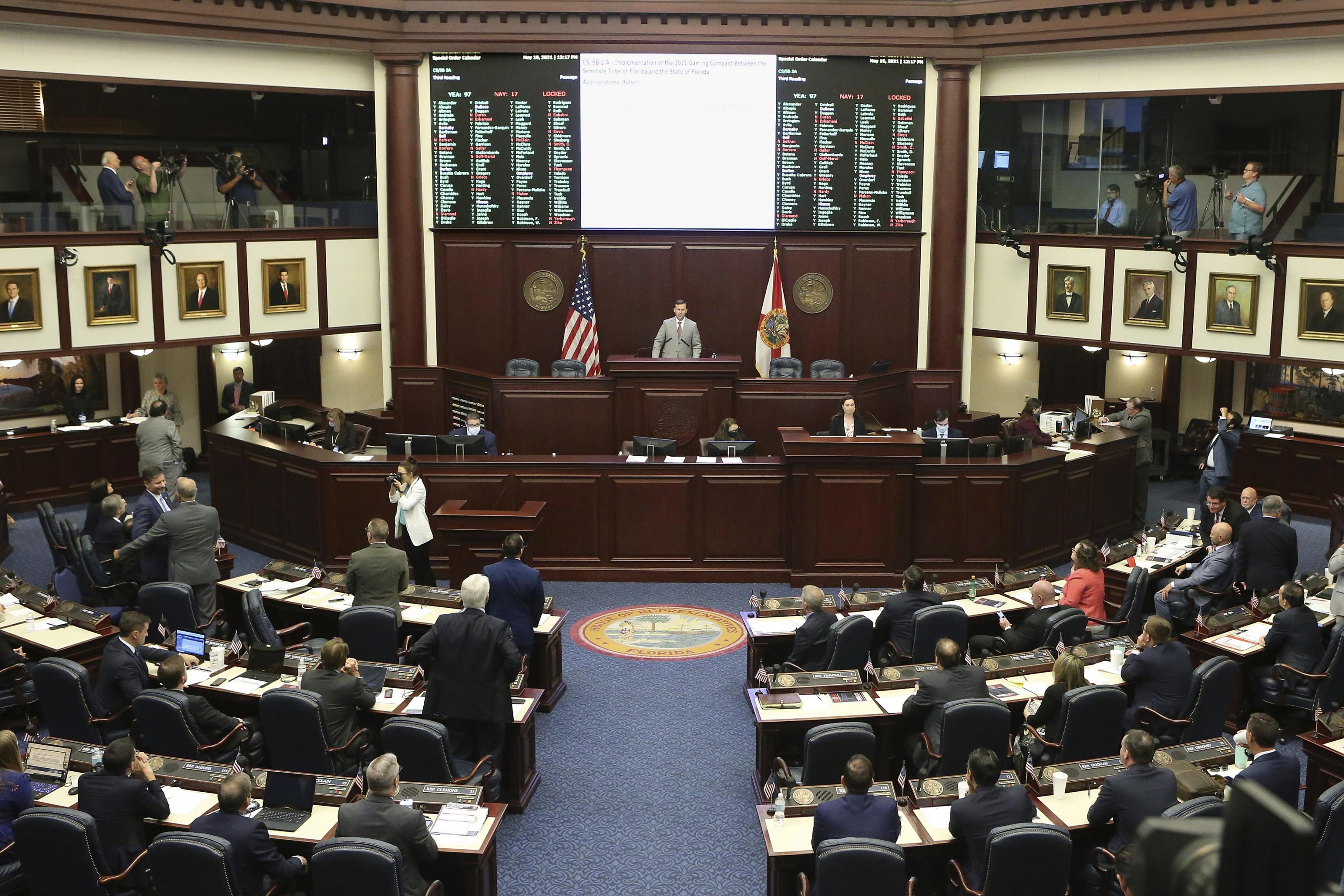 US officials approve Florida-Seminole sports betting deal
