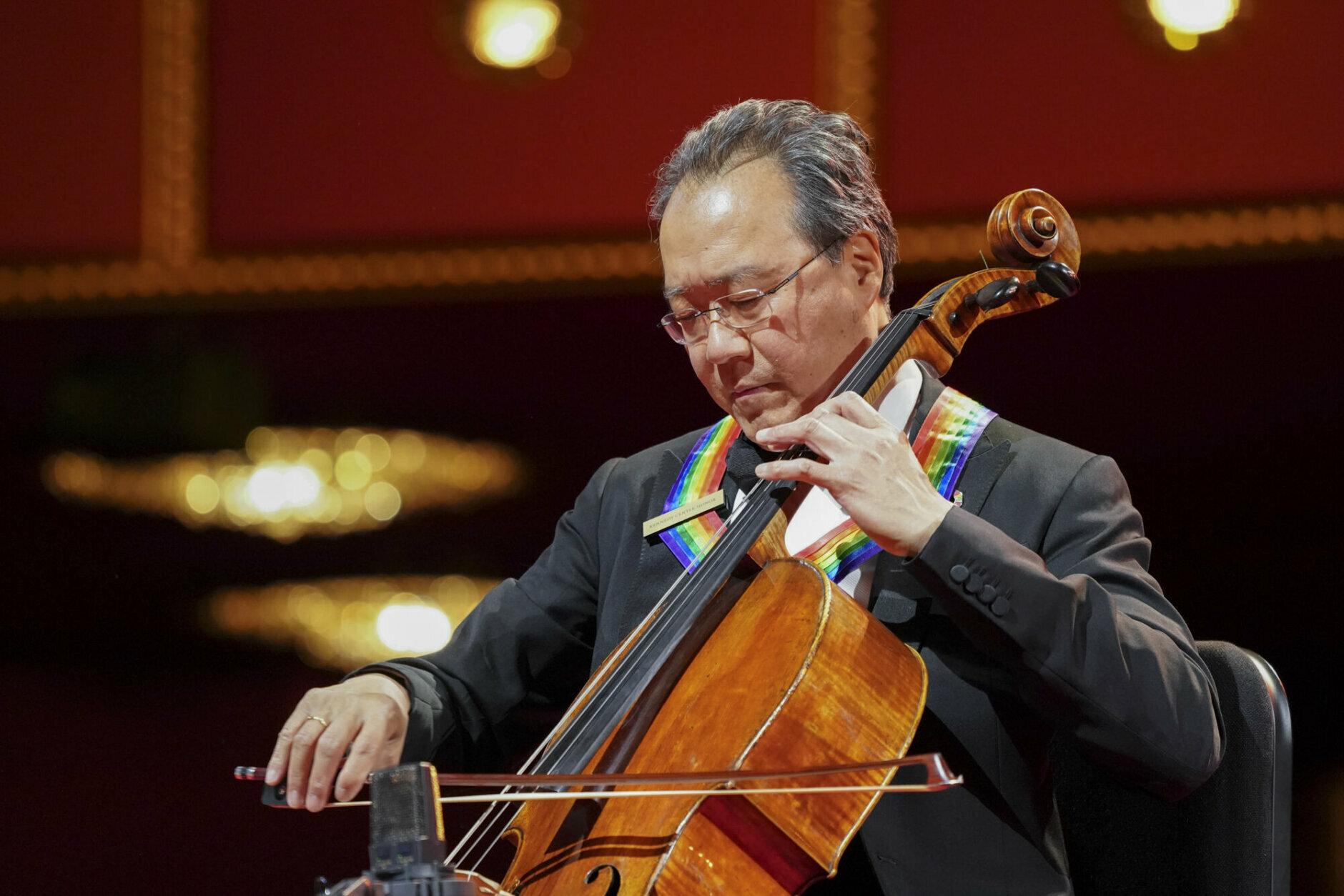 <p>Yo-Yo Ma performs. (Gail Schulman/CBS)</p>