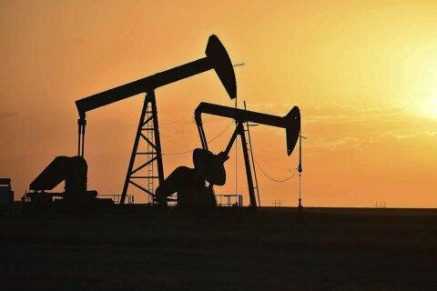 Boom in Native American oil complicates Biden climate push