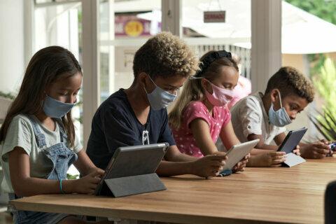 Alexandria parents urged to ensure kids observe health protocols outside class